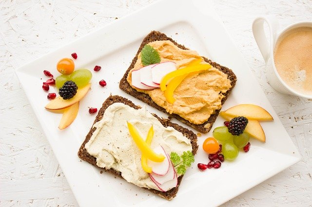 Dieta alternatywna to sposób żywienia według konkretnych, często restrykcyjnych wymogów.