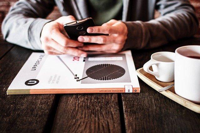 Obecnie biznes można prowadzić z każdego zakątka świata, więc dobrze sprawdzić, czy będziemy mieć pełen zasięg w naszej ulubionej kawiarni.