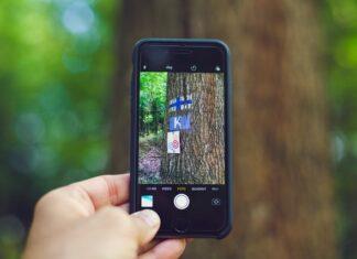 Współczesny telefon pancerny nie odbiega od innych smartfonów jeśli chodzi o funkcje i podzespoły. Niektóre świetnei nadają się na leśne wyprawy i zastąpią nawet najlepszy aparat fotograficzny, ponieważ mogą mieć aparat 24 mgp.